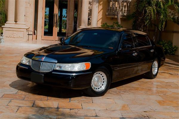 black lincoln sedan
