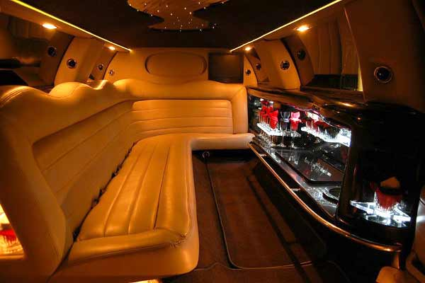 Lincoln stretch limo party rental Falcon
