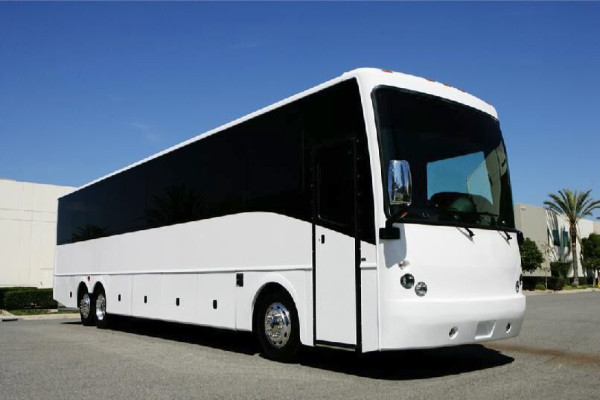 40-passenger-charter-bus-rental-castle-rock