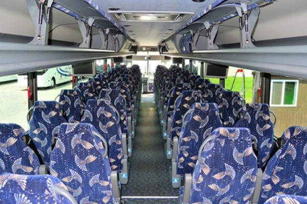 40-person-charter-bus-manitou-springs