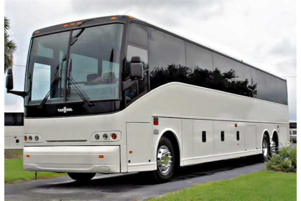 50-passenger-charter-bus-castle-rock