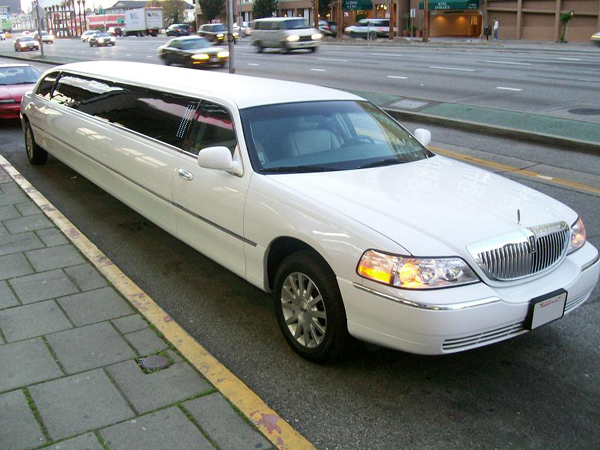 Colorado Springs 8 Passenger Limo